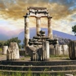 Two days Delphi Meteora Thermopylae tour in Greece